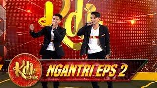Download Lagu KEREN BGT! Duo Mutstaq & Musfiq Langsung Jadi Idola Iis & Bunda Hetty - Ngantri KDI Eps 2 (17/7) Gratis STAFABAND