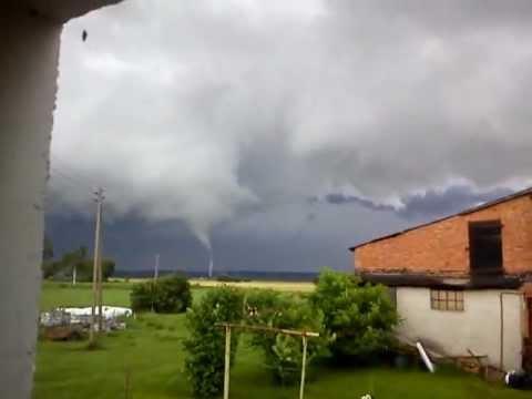 Trąba Powietrzna W Okolicach Ryjewa (14.07.2012) / Tornado In Poland