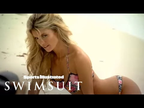 SI Swimsuit: Marisa Miller Body Painting