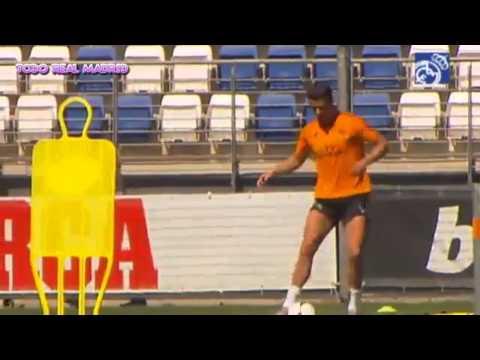 Cristiano y Benzema, sobre el césped