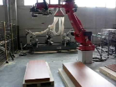 Automazione industriale MBL SOLUTIONS robot carica/scarica porte e infissi