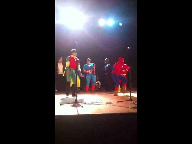 Superhéroes de Alcalá en la gala Aphisa 2012