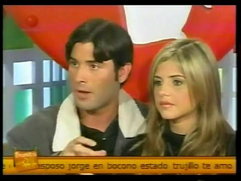Jonathan Montenegro y Patricia Schwarzgruber en Trapitos Al Sol, 2009