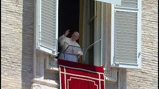 During Angelus, Pope Francis calls for international effort to end war in Yemen