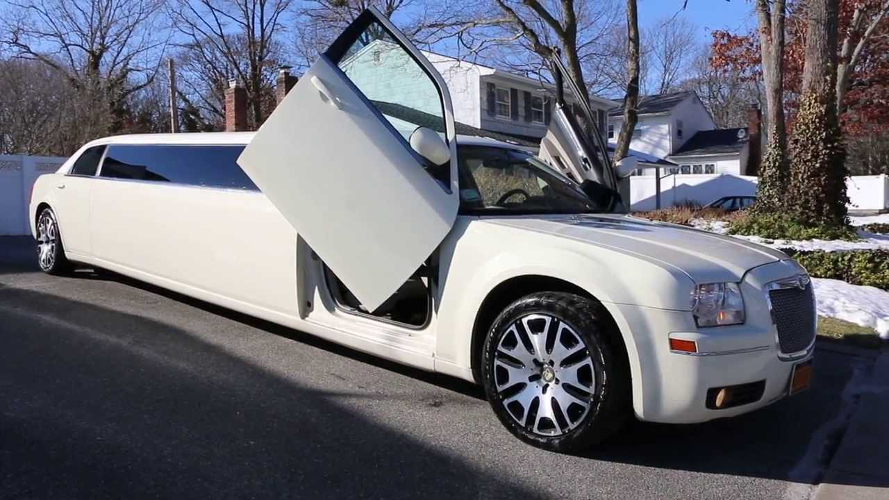 "Chrysler 300 For Sale >> 2007 Chrysler 300 Limo Limousine For Sale~9 Passenger~22"" Wheels~Lambo Doors - YouTube"