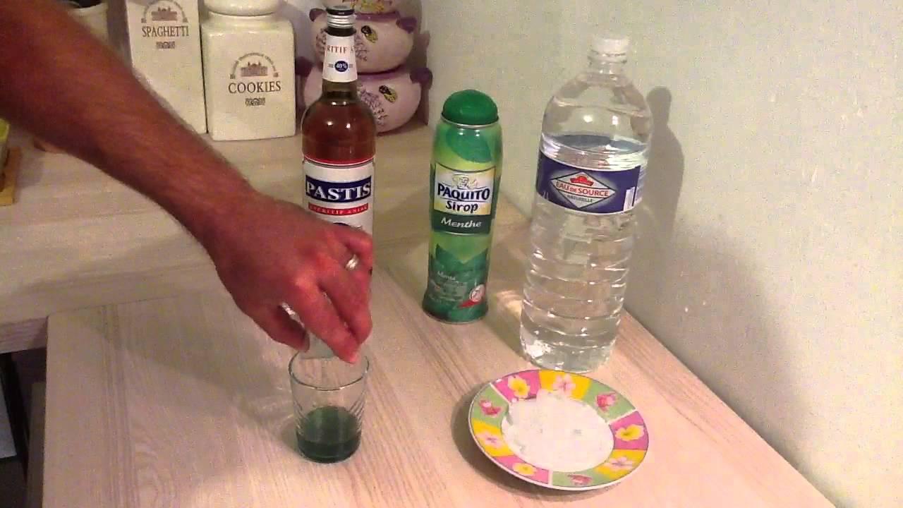 Faire un cocktail perroquet id e ap ritif youtube for Cocktail perroquet