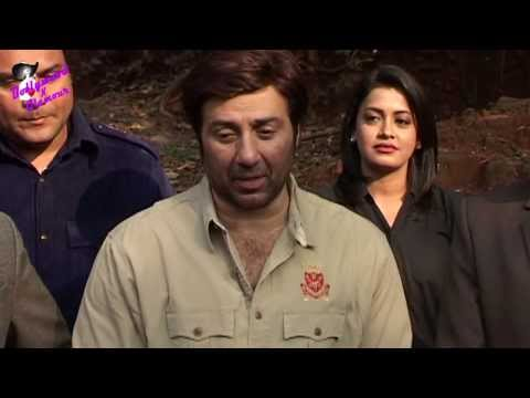Sunny Deol on the sets of serial 'CID' for  promotion of his film 'Singh Saab The Great' thumbnail