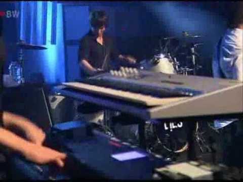 White Lies - Taxidermy @ SWR3 New Pop Festival 2009 [1/9]