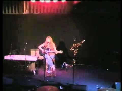 Sam Batt @ The Bedford 8/2/11 - song 4 -