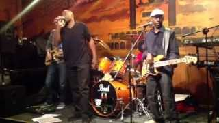 Reminisce Reggae Band - Kingston Town (05/04/13)