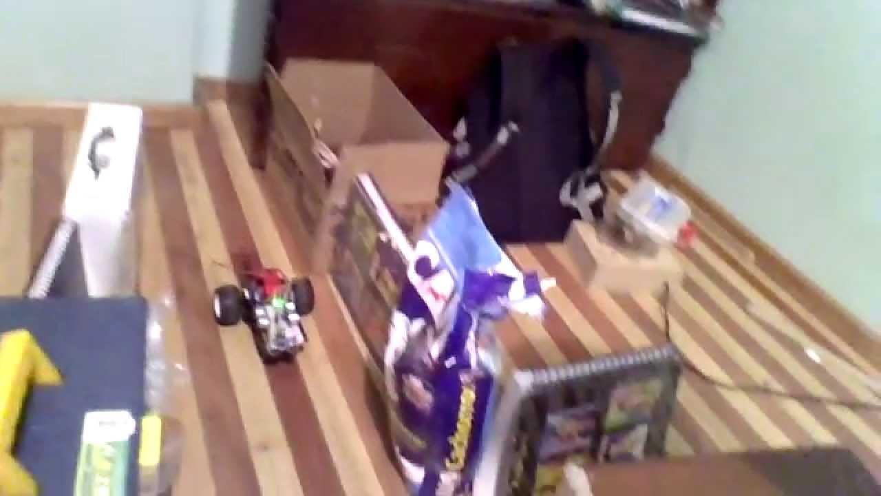 Robot laberinto con ultrasonico y arduino uno youtube
