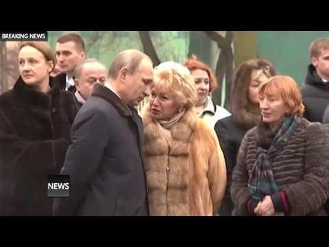 Путин возложил цветы к памятнику Анатолию Собчаку в Питере 2015