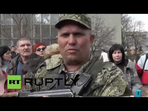 Ukraine: Self-defence leader blames Right Sector for recent escalations