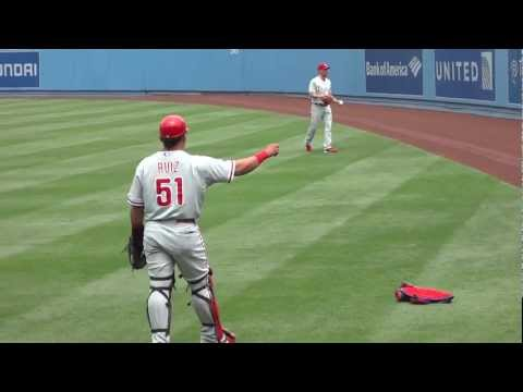 Cliff Lee Pregame Warm Up Routine Part 3 (Playing Catch With Carlos Ruiz) -- iFolloSports.com