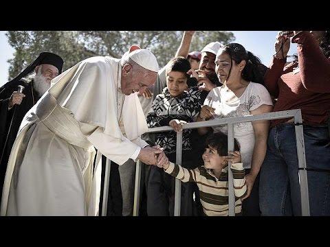 """Papa'dan mültecilere: """"Yalnız değilsiniz, hepimiz mülteciyiz"""""""