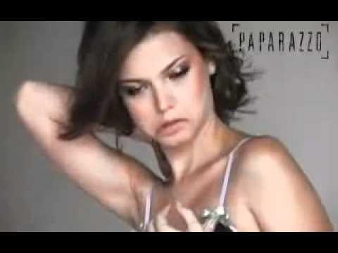 Milena Toscano. semi nua