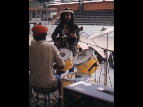 Bob Marley&The Wailers @ Agora Ballroom, CLE, OH - I Shot The Sheriff (Wailers Introduction) 1975