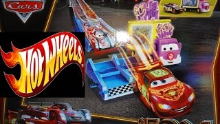 Disney Cars Cars2 Vs Hot Wheels Track race set Neon Racers Toy Review Unboxing toy Many Race