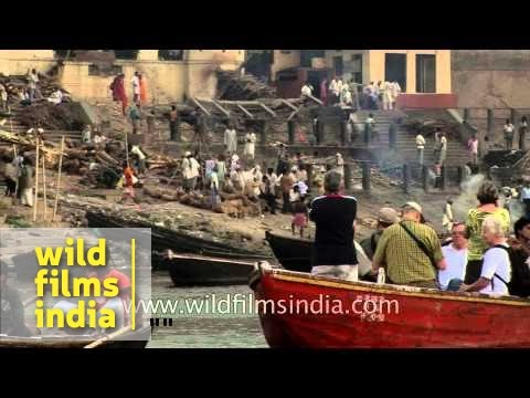 Foreigners undertake macabre 'cremation tourism' in Varanasi