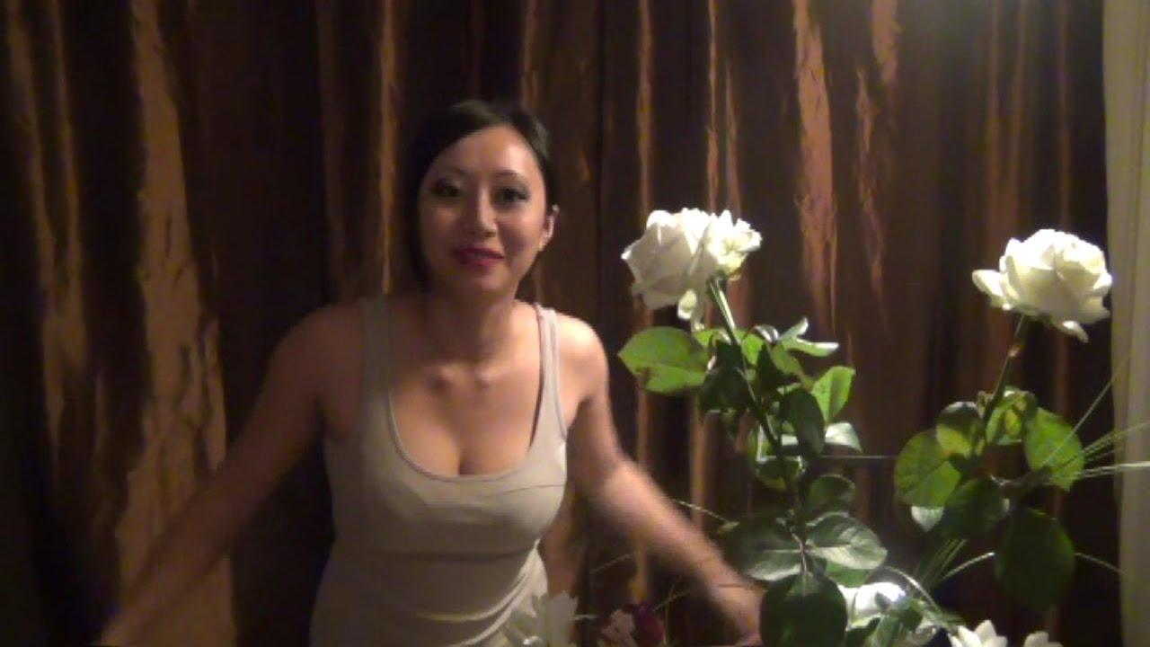 Blumen binden mit Pornbabe Tyra - YouTube