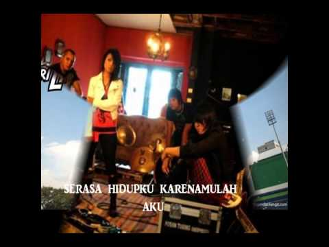 Kotak-tendangan Dari Langit (with Lirick) video