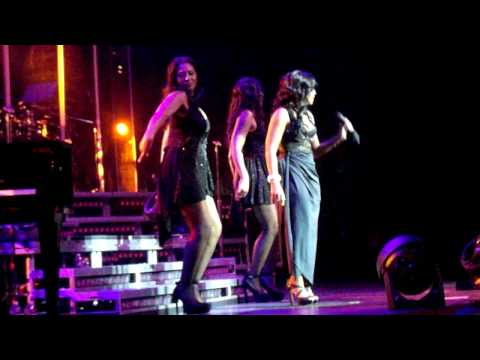 Toni Braxton Live At The Pearl, Las Vegas let It Flow video