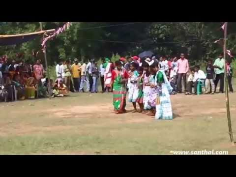 A Sangat Kuri ( Kudi ) Na  Santhali ( Santali ) Dance Performance video