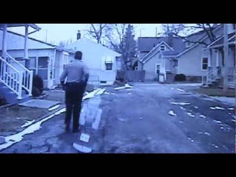 WARNING: DISTURBING CONTENT- RAW video- Sandusky Police Officer shoots dog