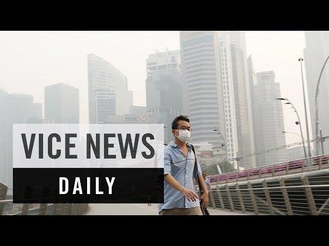 VICE News Daily: Hazardous Smog Blankets Singapore