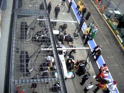 Mercedes GP practice pit stop - 2011 Australian Grand Prix