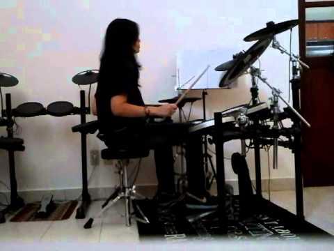 ular berbisa - Hello - drum cov by yullie erica
