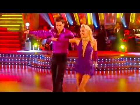 Gethin Jones & Camilla Dallerup dance the Cha-Cha-Cha in this great clip from Series 5 of BBC Show Strictly Come Dancing.