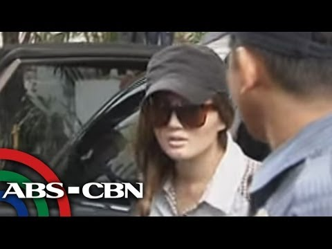PNP Chief Supt. Reuben Theodore Sindac confirms Deniece Cornejo's surrender at Camp Crame. Subscribe to the ABS-CBN News channel! - http://goo.gl/7lR5ep Visi...