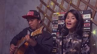 Akad - Payung Teduh short cover with Ashira Zamita
