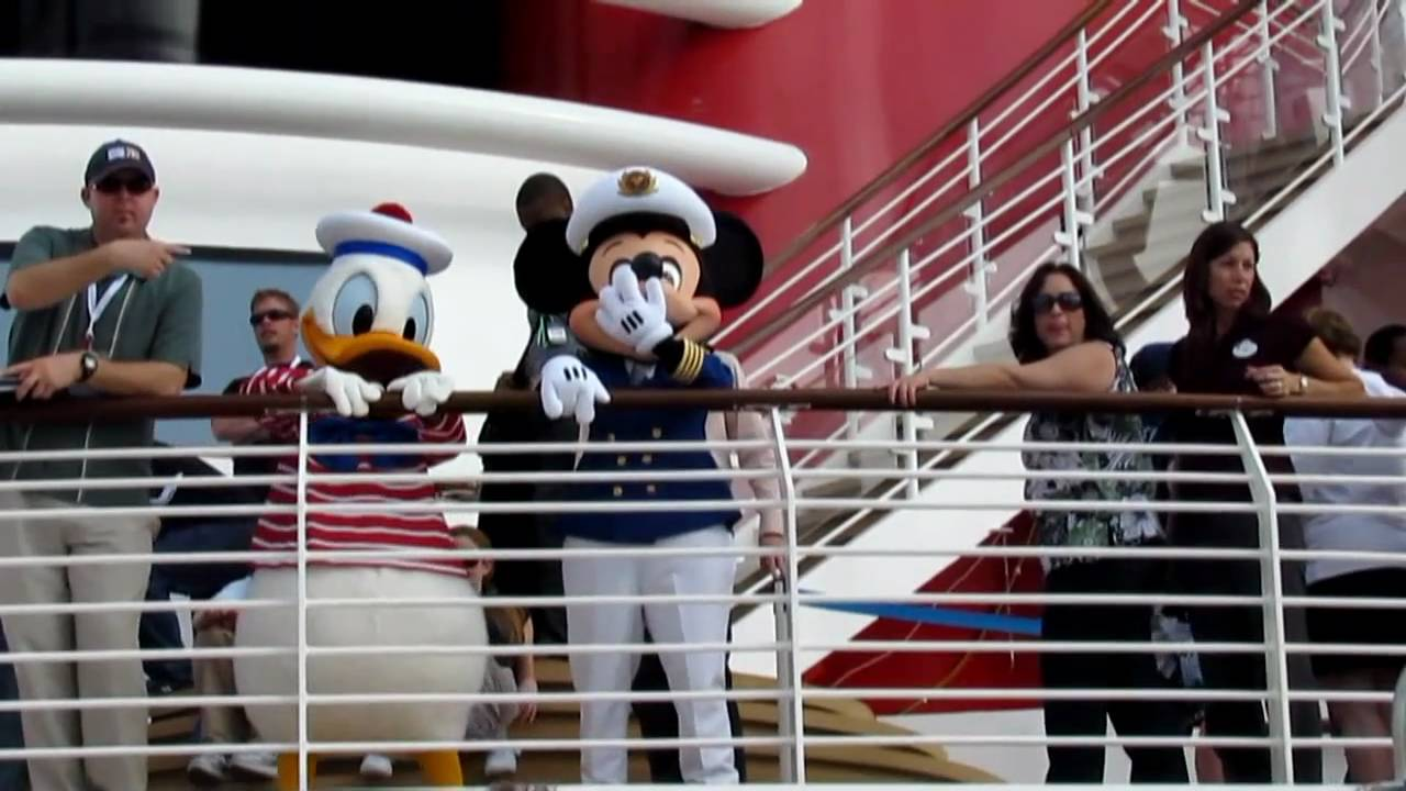 Captain Mickey Mouse And Donald Duck Disney Dream