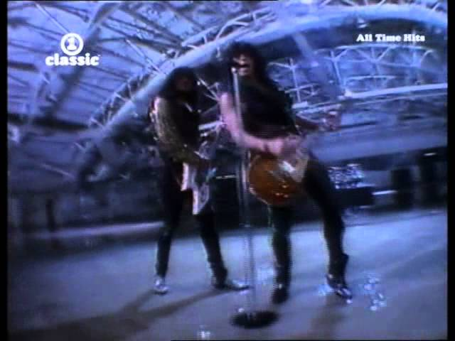Kiss - God Gave Rock And Roll To You II - HQ Music Video 1991 ...