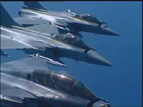 https://www.youtube.com/channel/UC_qpzfvm08OoWz37YKNZhNw Video sur l'armée de l'air française et la marine avec nos superbes appareils!! (dsl pour la médiocre qualité de son et d'image)...