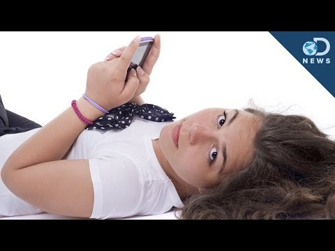 Why Sexting Is So Common Among Teens