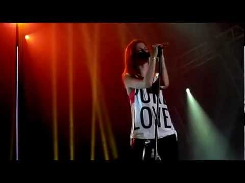 Paramore - Monster (with Outro!) Live  Belsonic, Belfast Uk [august 19, 2012] video