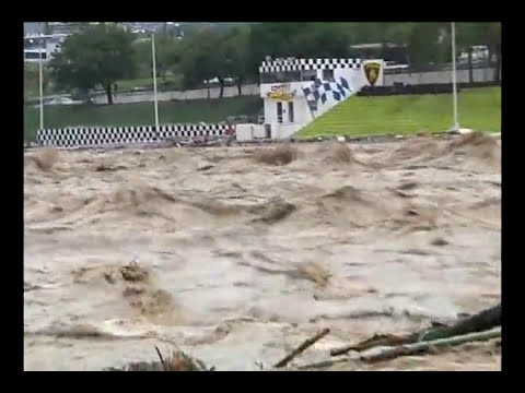 Hurricane Alex Destroys Monterrey.flv