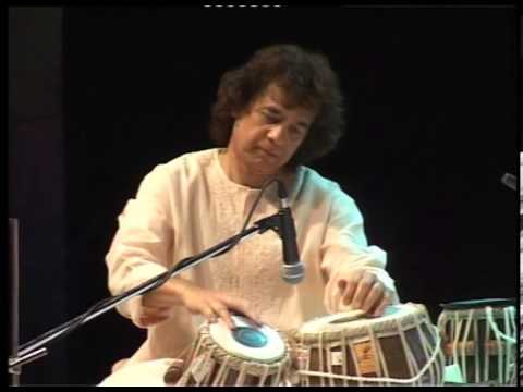Masters together: Amjad Ali Khan and Zakir Hussain Part 9