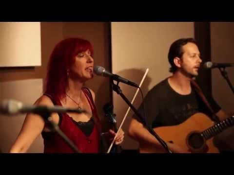 Deni Bonet Trio - Acoustic at Quad Studio.mp4