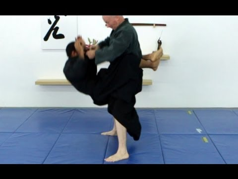 Daki age, 抱上, basic Ninjutsu throw - techniques for Akban wiki Image 1