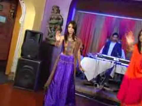 pakistani mast girls dance