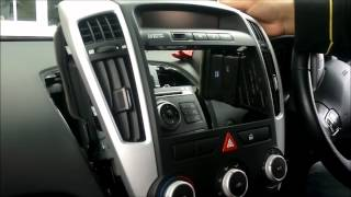 How to remove the standard stereo surround and stereo from a Kia C'eed 2