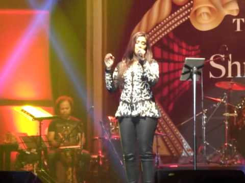 munbe va..by shreya ghoshal live in concrt 14 sept 2014