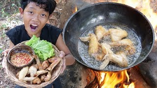 Survival Skills - Yummy cooking chicken wing and eating Ep14