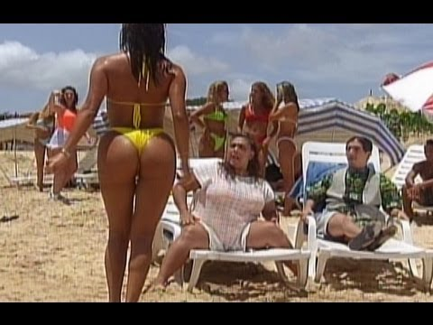 videos de bikini calientes: