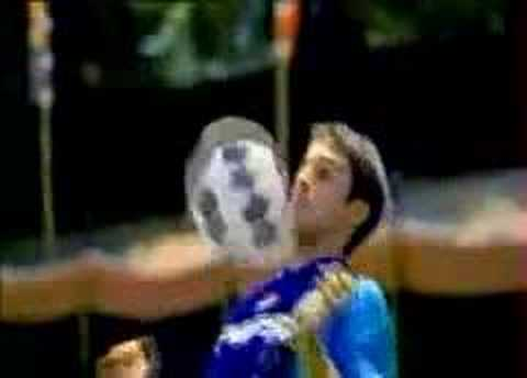 Pepsi CM - Soccer Sumo (相撲サッカー)