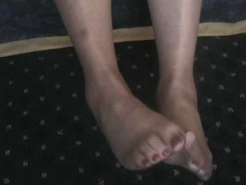 sexy toes in sheer taupe nylons
